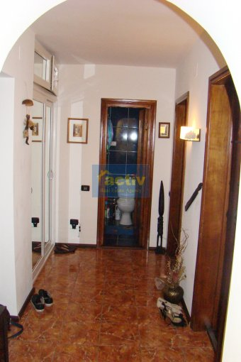vanzare apartament decomandat, zona Peninsula, orasul Constanta, suprafata utila 47 mp