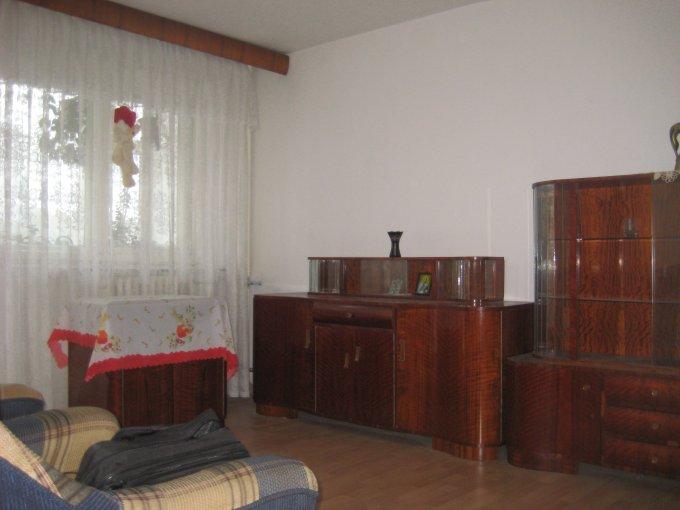 agentie imobiliara vand apartament decomandat, in zona Boema, orasul Constanta