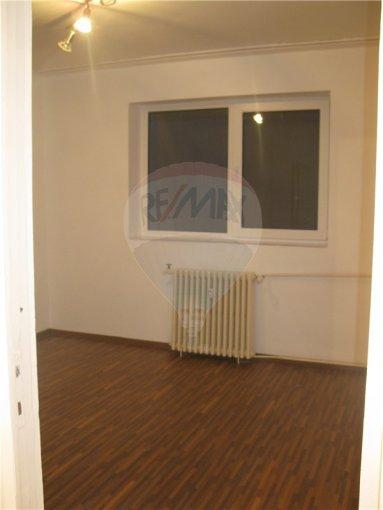 inchiriere apartament decomandat, zona CET, orasul Constanta, suprafata utila 50 mp