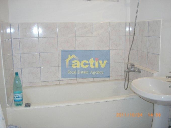 vanzare apartament cu 2 camere, semidecomandat-circular, in zona Tomis 2, orasul Constanta
