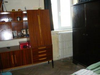 inchiriere apartament cu 2 camere, decomandat, in zona Tomis Mall, orasul Constanta
