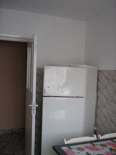 agentie imobiliara inchiriez apartament semidecomandat, in zona Ciresica, orasul Constanta