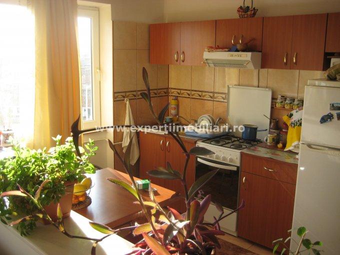 vanzare apartament semidecomandat, zona Piata Ovidiu, orasul Constanta, suprafata utila 48 mp