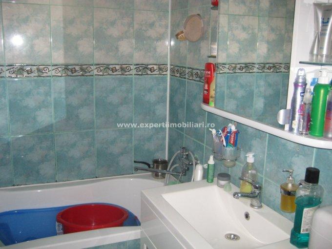 Apartament cu 2 camere de vanzare, confort 1, zona Pod Butelii,  Constanta