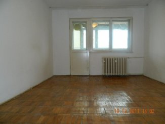 vanzare apartament decomandat, zona Casa de Cultura, orasul Constanta, suprafata utila 52 mp