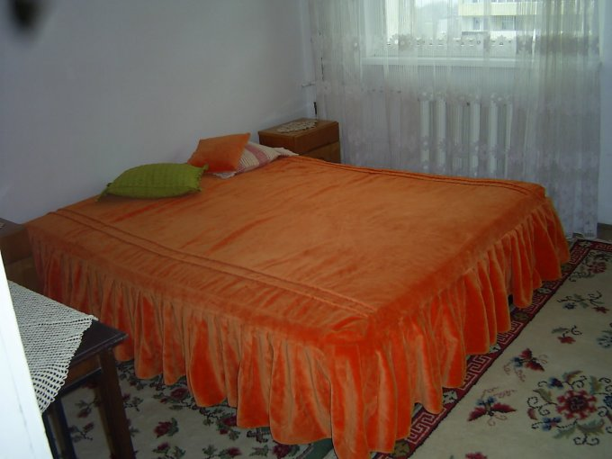 agentie imobiliara inchiriez apartament semidecomandat, in zona Centru, orasul Constanta