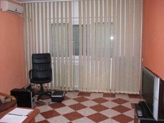 Constanta, zona Far, apartament cu 2 camere de inchiriat, Semi-mobilat clasic