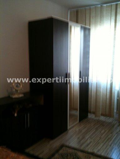 Constanta, zona Tomis 3, apartament cu 2 camere de inchiriat