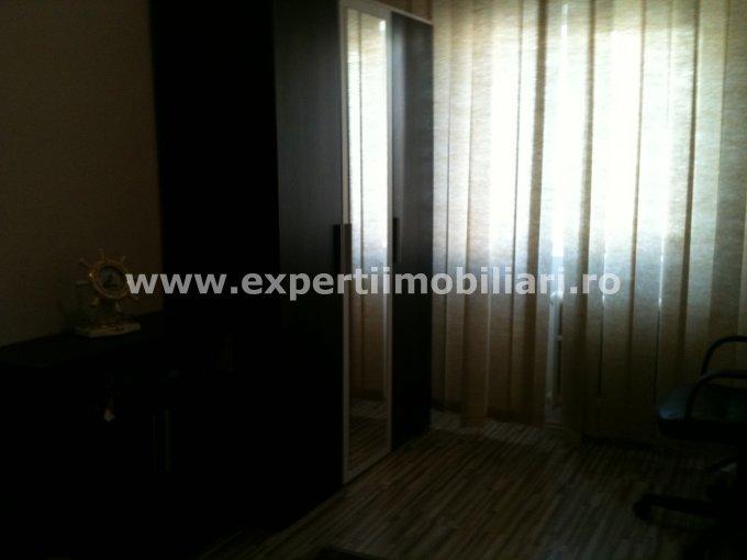 inchiriere apartament cu 2 camere, semidecomandat, in zona Tomis 3, orasul Constanta