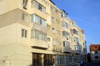 Apartament cu 2 camere de vanzare, confort 2, zona Tomis 2, Constanta