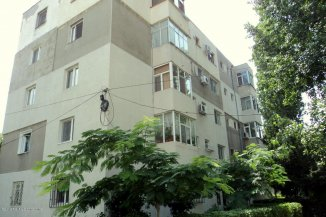 vanzare apartament cu 2 camere, nedecomandat, in zona Tomis 3, orasul Constanta