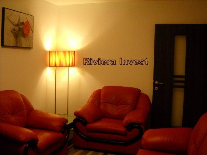 Apartament cu 2 camere de vanzare, confort 2, zona Casa de Cultura,  Constanta