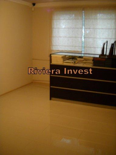 Apartament cu 2 camere de vanzare, confort 2, zona Tomis Nord,  Constanta