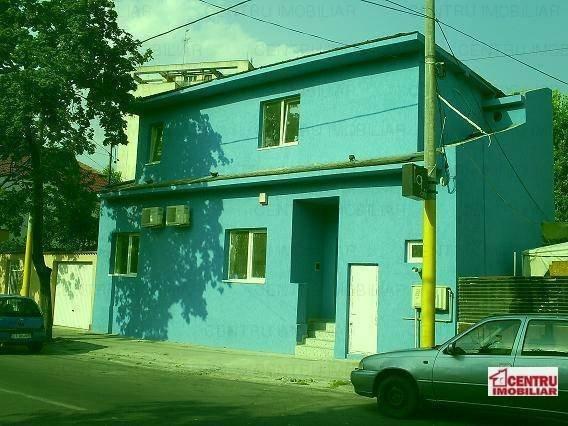 Apartament cu 2 camere de vanzare, confort 2, zona Tomis 1,  Constanta