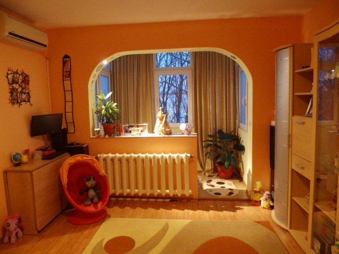 vanzare apartament cu 2 camere, semidecomandat, in zona Intim, orasul Constanta