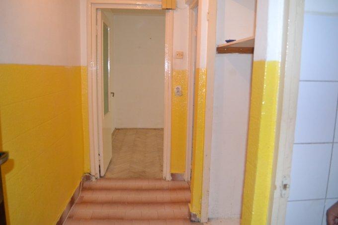Apartament de vanzare direct de la agentie imobiliara, in Constanta, in zona Salvare, cu 39.000 euro negociabil. 1  balcon, 1 grup sanitar, suprafata utila 38 mp.
