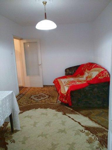 Apartament vanzare Salvare cu 2 camere, etajul 3 / 4, 1 grup sanitar, cu suprafata de 37 mp. Constanta, zona Salvare.