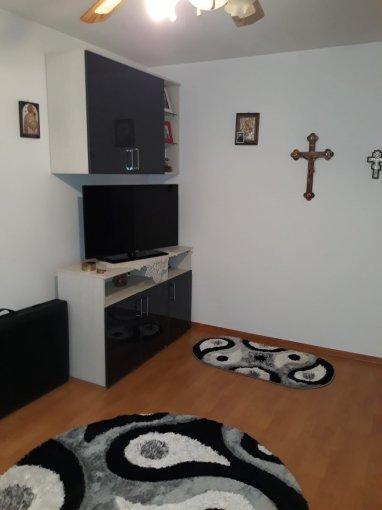 Apartament de vanzare direct de la agentie imobiliara, in Constanta, in zona Km 4-5, cu 43.000 euro negociabil. 1 grup sanitar, suprafata utila 40 mp.