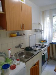 Apartament cu 2 camere de vanzare, confort 2, zona Ciresica,  Constanta