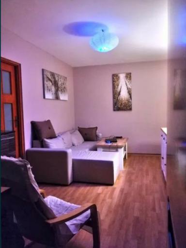 Apartament de vanzare direct de la agentie imobiliara, in Constanta, in zona Salvare, cu 55.000 euro negociabil. 1  balcon, 1 grup sanitar, suprafata utila 40 mp.