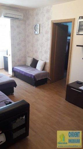 Apartament de vanzare in Constanta cu 2 camere, cu 1 grup sanitar, suprafata utila 38 mp. Pret: 44.500 euro. Usa intrare: Metal.