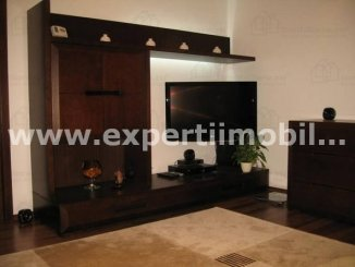Apartament cu 2 camere de vanzare, confort 2, zona Tomis 3,  Constanta