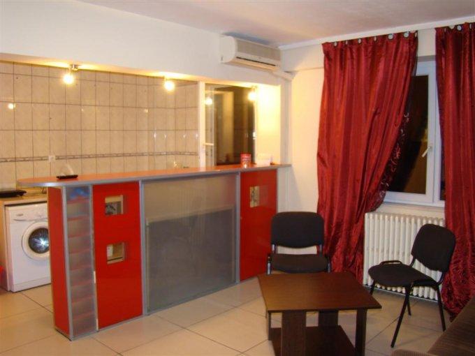 Constanta, zona Piata Ovidiu, apartament cu 2 camere de inchiriat