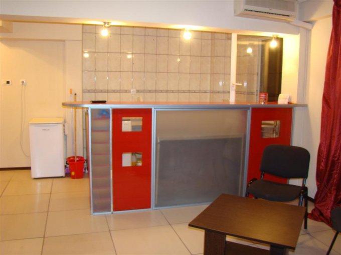 inchiriere apartament cu 2 camere, nedecomandat, in zona Piata Ovidiu, orasul Constanta