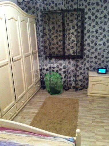 vanzare Apartament Constanta cu 2 camere, cu 1 grup sanitar, suprafata utila 32 mp. Pret: 40.000 euro negociabil.