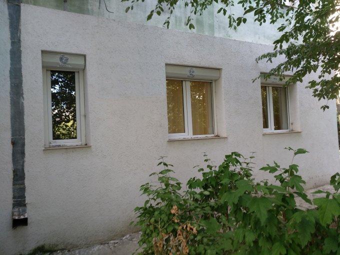 Apartament inchiriere Constanta 2 camere, suprafata utila 30 mp, 1 grup sanitar. 275 euro. La Parter / 4. Destinatie: Birou, Comercial. Apartament Tomis Nord Constanta