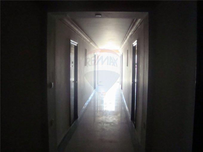 Apartament cu 2 camere de vanzare, confort 3, Saturn Constanta