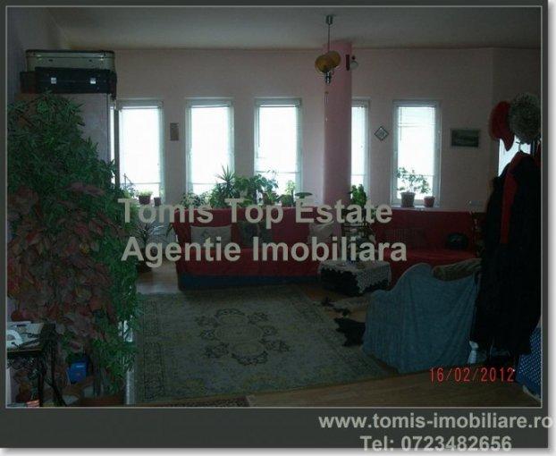 vanzare apartament cu 2 camere, decomandat, in zona Central, orasul Ovidiu