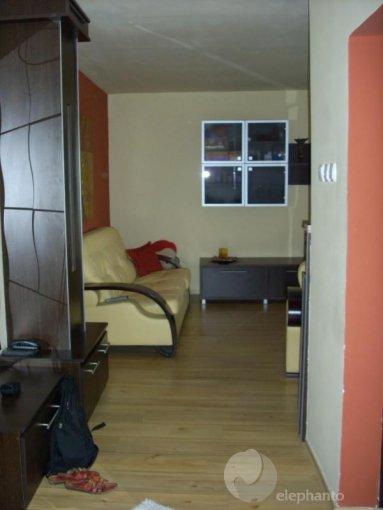 Apartament cu 2 camere de vanzare, confort Lux, zona Gara,  Constanta