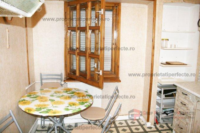 inchiriere apartament decomandat, zona Trocadero, orasul Constanta, suprafata utila 50 mp