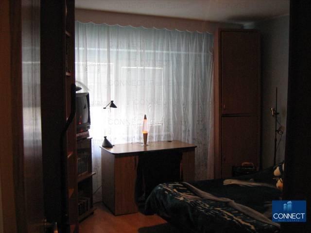 vanzare apartament decomandat, zona Gara, orasul Constanta, suprafata utila 61 mp