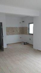 vanzare apartament cu 2 camere, decomandat, localitatea Mamaia Nord