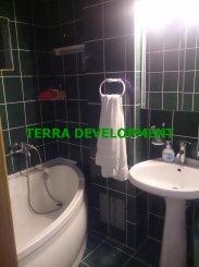 agentie imobiliara vand apartament decomandat, in zona Victoria, orasul Constanta