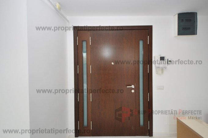 Apartament vanzare Statiunea Mamaia cu 2 camere, etajul 3, 1 grup sanitar, cu suprafata de 80 mp. Constanta, zona Statiunea Mamaia.