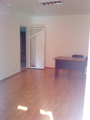 Apartament de inchiriat direct de la proprietar, in Constanta, in zona Dacia, cu 325 euro negociabil. 1 grup sanitar, suprafata utila 58 mp. Nemobilat.
