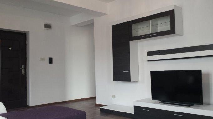 Apartament vanzare cu 2 camere, etajul 1 / 3, 1 grup sanitar, cu suprafata de 56 mp. Mamaia Nord.