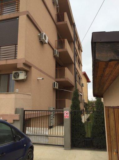 Apartament de vanzare in Constanta cu 2 camere, cu 1 grup sanitar, suprafata utila 50 mp. Pret: 56.000 euro. Usa intrare: Metal.