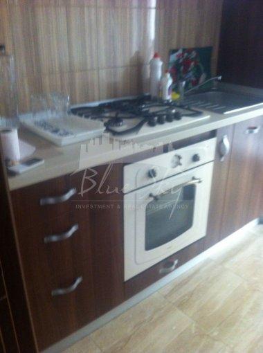 Apartament de vanzare in Constanta cu 2 camere, cu 1 grup sanitar, suprafata utila 55 mp. Pret: 58.000 euro negociabil.