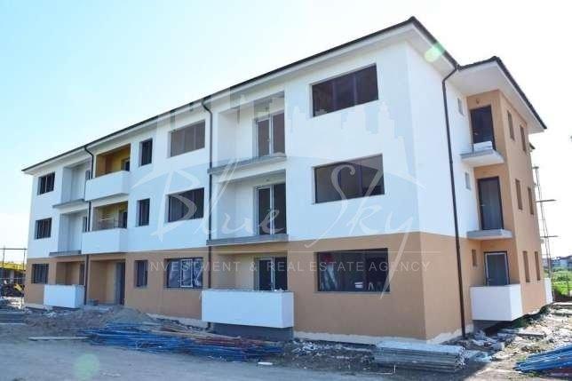 Apartament de vanzare direct de la agentie imobiliara, in Eforie Nord, cu 36.000 euro negociabil. 2  balcoane, 1 grup sanitar, suprafata utila 63 mp.