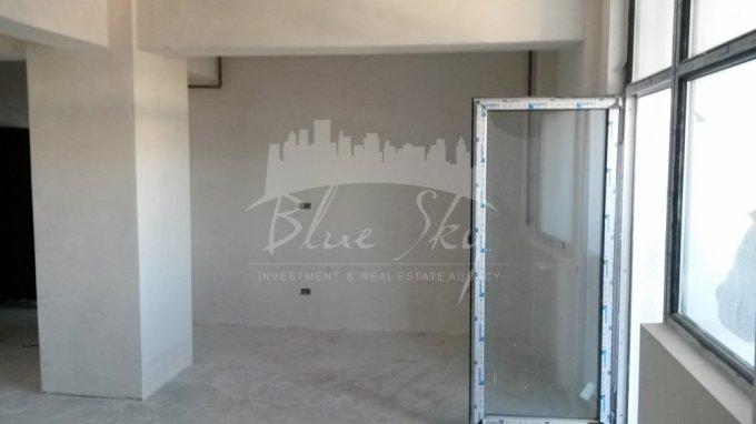 Apartament vanzare Tomis Plus cu 2 camere, etajul 3, 1 grup sanitar, cu suprafata de 81 mp. Constanta, zona Tomis Plus.