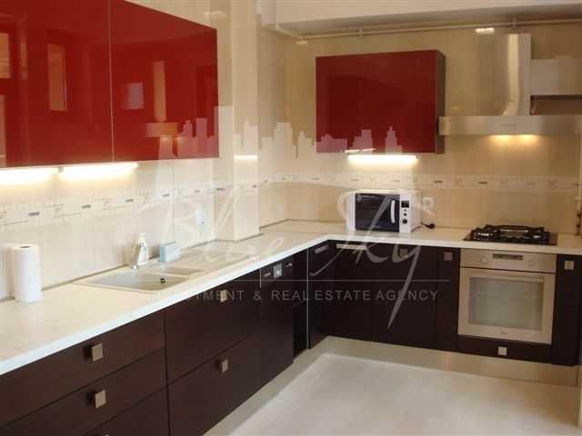 inchiriere Apartament Constanta cu 2 camere, cu 1 grup sanitar, suprafata utila 80 mp. Pret: 550 euro negociabil.