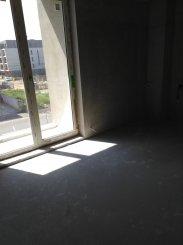 vanzare apartament cu 2 camere, decomandat, in zona Compozitorilor, orasul Constanta