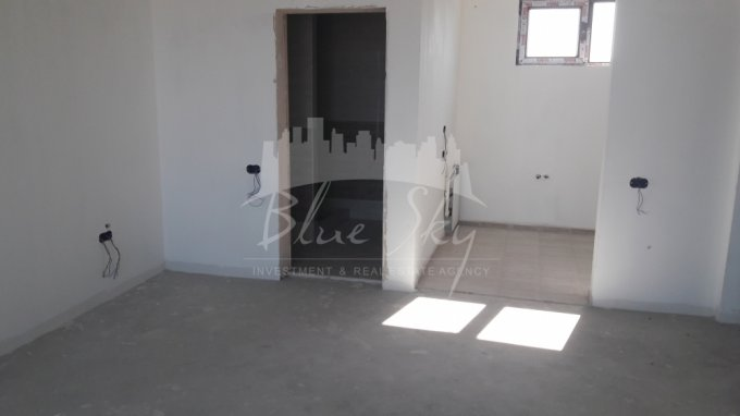 Apartament de vanzare in Constanta cu 2 camere, cu 1 grup sanitar, suprafata utila 70 mp. Pret: 75.000 euro negociabil.
