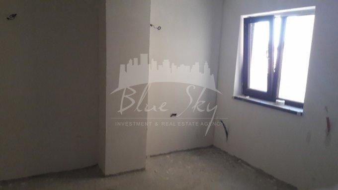 Apartament de vanzare direct de la agentie imobiliara, in Constanta, in zona Centru, cu 81.000 euro. 1 grup sanitar, suprafata utila 80 mp.