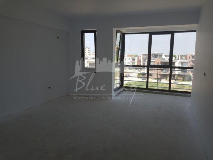 Apartament vanzare Tomis Plus cu 2 camere, etajul 2, 1 grup sanitar, cu suprafata de 65 mp. Constanta, zona Tomis Plus.