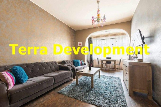 Apartament de inchiriat direct de la agentie imobiliara, in Constanta, in zona Statiunea Mamaia, cu 300 euro. 1 grup sanitar, suprafata utila 60 mp.